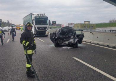 Incidente mortale sulla SS16: un morto e un ferito