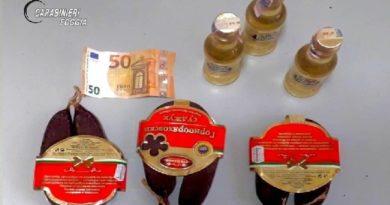 Salumi e liquori per evitare la multa: arrestato dai carabinieri
