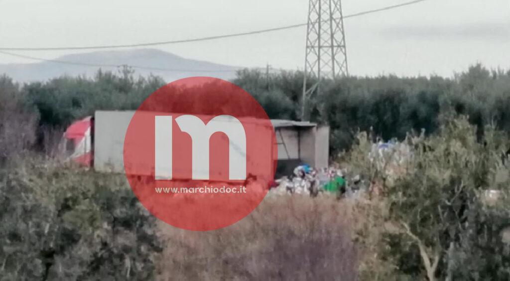 FOTO   Rifiuti nelle campagne: dalla Campania a Cerignola e Stornara