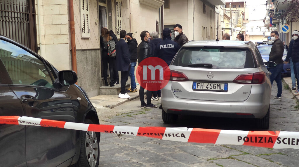 VIDEO | Uccide la moglie e tenta il suicidio: quarto femminicidio in 2 anni a Cerignola