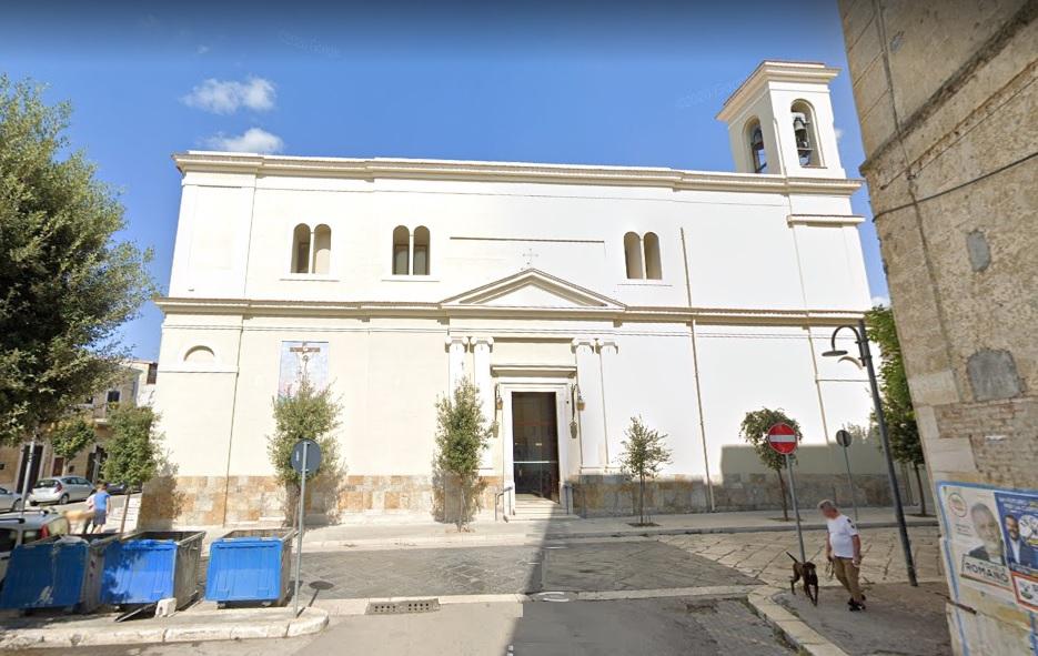 Omicidio suicidio a Cerignola, celebrati i funerali di Anna Petronelli e Francesco Polidoro