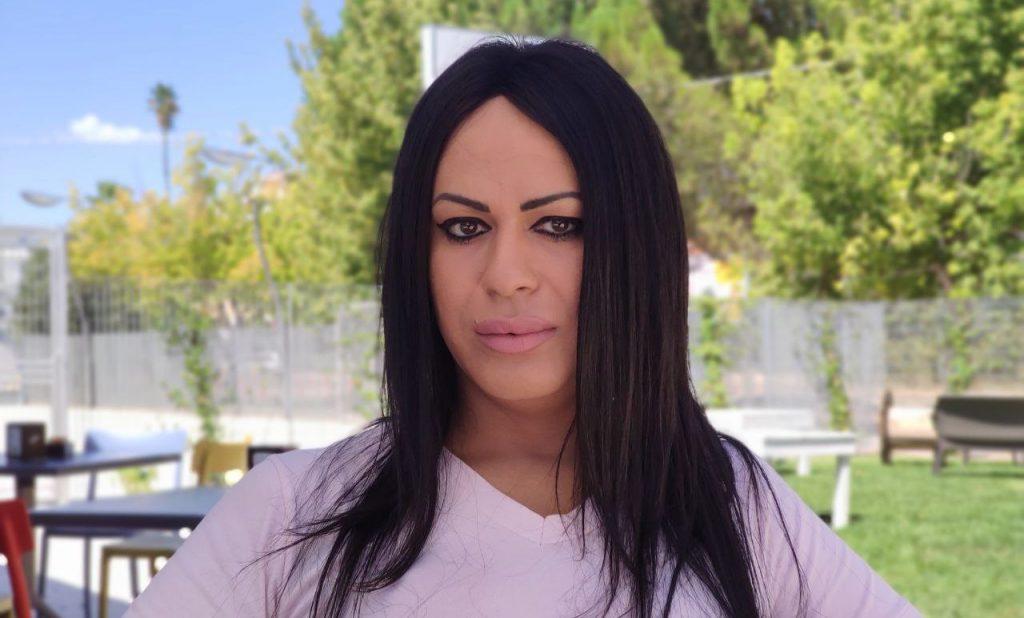 """La storia di Morena: """"Nessuno mi fa lavorare a Cerignola perchè sono trans"""""""