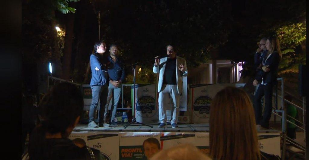 Sicurezza, sociale, decoro urbano: Fratelli d'Italia torna in piazza
